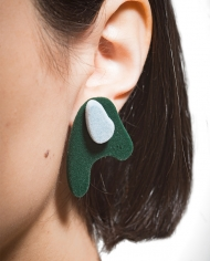 Camouflage_stud_earrings_green_blue