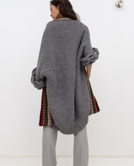 Knitted_grey_cardigan_LOOM_with_braids_back