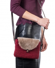 Wool Boog bag red 5